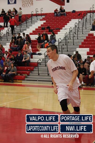 PHS Varsity Boys Basketball vs Valpo 2012 (8)