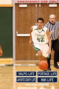 VHS_Boys_JV_Basketball_vs_PHS_1-11-2013 (29)