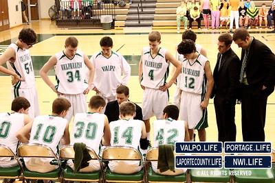VHS_Boys_JV_Basketball_vs_PHS_1-11-2013 (25)