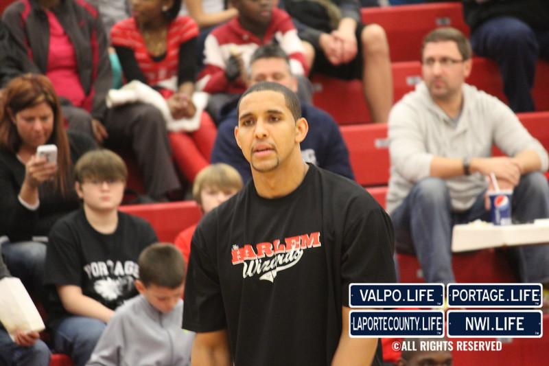 Harlem-Wizards-at-PHS-2012 037