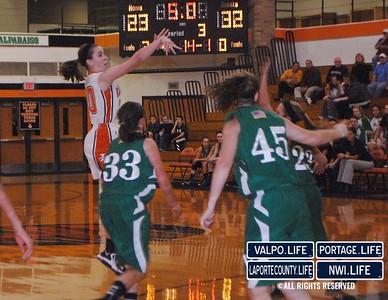VHS-vs-LHS-Girls-Basketball-12-14-12 (16)