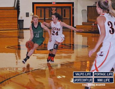 VHS-vs-LHS-Girls-Basketball-12-14-12 (38)