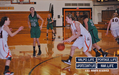 VHS-vs-LHS-Girls-Basketball-12-14-12 (37)