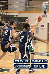 MCHS_JV_Boys_Basketball_vs_VHS_1-4-2013 (29)