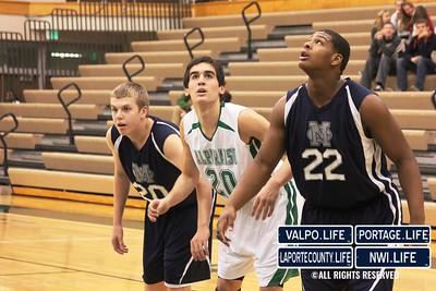 MCHS_JV_Boys_Basketball_vs_VHS_1-4-2013 (10)