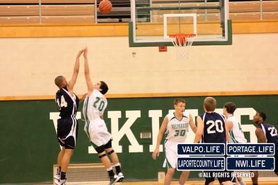 MCHS_JV_Boys_Basketball_vs_VHS_1-4-2013 (14)