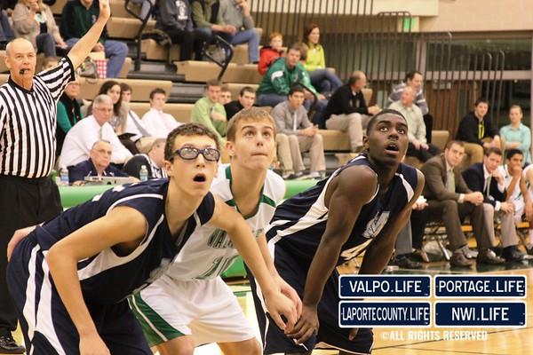 MCHS_JV_Boys_Basketball_vs_VHS_1-4-2013 (20)