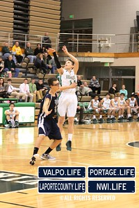 MCHS_JV_Boys_Basketball_vs_VHS_1-4-2013 (26)