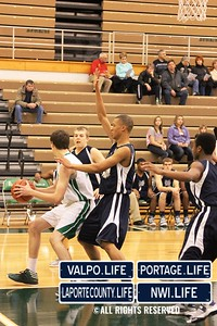 MCHS_JV_Boys_Basketball_vs_VHS_1-4-2013 (25)