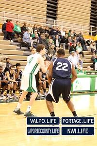 MCHS_JV_Boys_Basketball_vs_VHS_1-4-2013 (15)