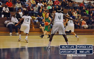 Girls-Varsity-Basketball-11-23-12-VHS-vs-MCHS (9)