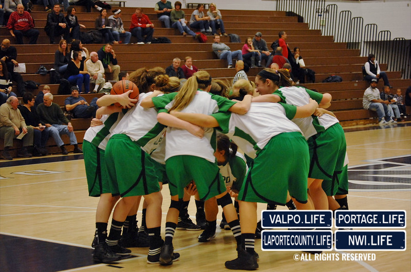 Girls-Varsity-Basketball-11-23-12-VHS-vs-MCHS (4)