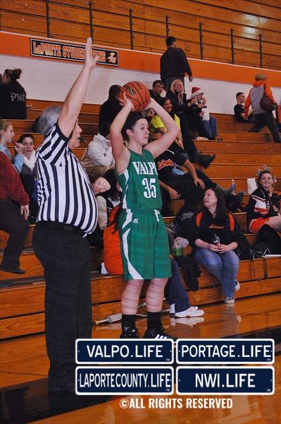 VHS-vs-LHS-Girls-Basketball-12-14-12 (19)