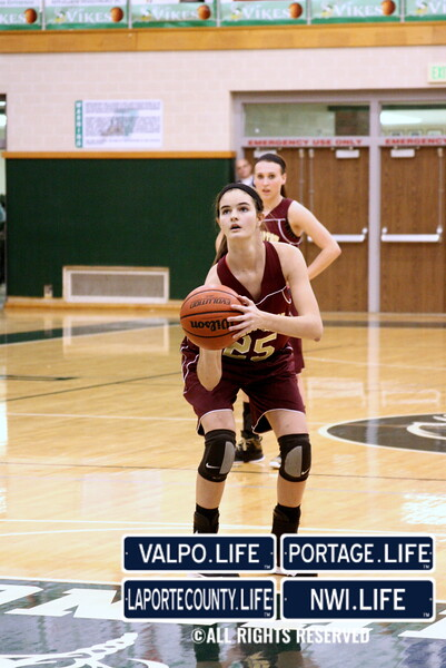 CHS_Girls_Basketball_@_VHS_12 20 13_jb2-034