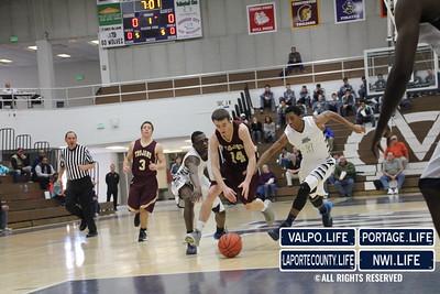 Chesterton-Boys-Basketball-DAC-Holiday-Classic-2013 (1)