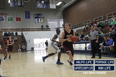 Chesterton-Boys-Basketball-DAC-Holiday-Classic-2013 (5)