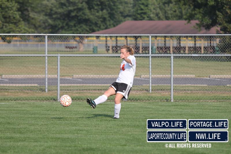 lphs-girls-jv-soccer-valpo-2013 (9)
