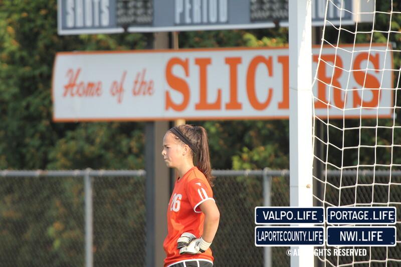 lphs-girls-jv-soccer-valpo-2013 (11)