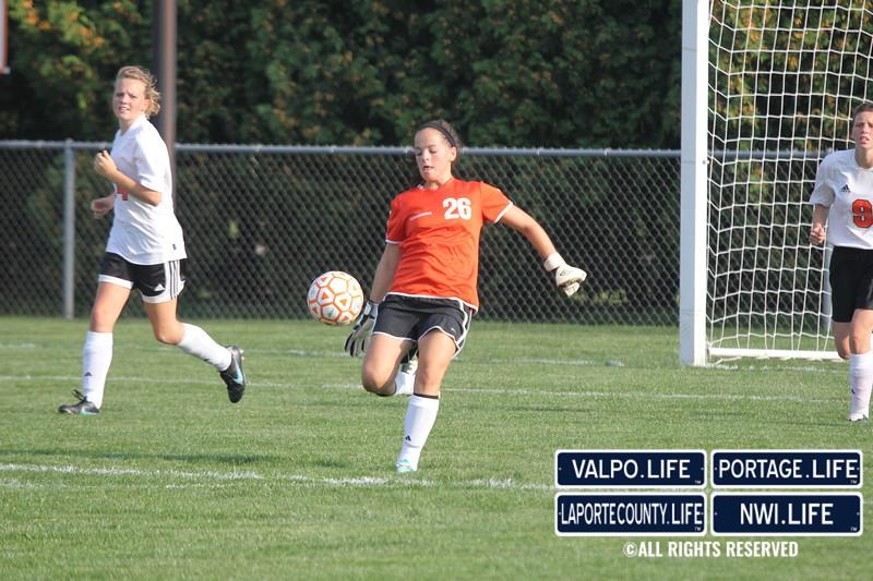 lphs-girls-jv-soccer-valpo-2013 (8)