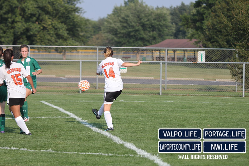 lphs-girls-jv-soccer-valpo-2013 (14)