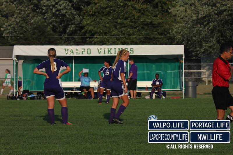 MHS-vs-VHS-Girls-Soccer-2013 (8)