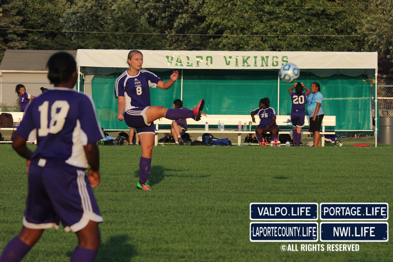 MHS-vs-VHS-Girls-Soccer-2013 (23)