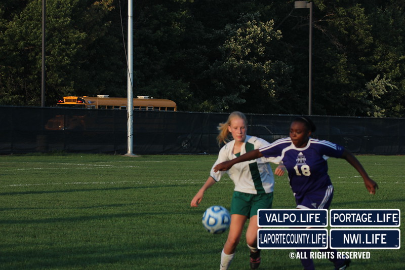 MHS-vs-VHS-Girls-Soccer-2013 (27)