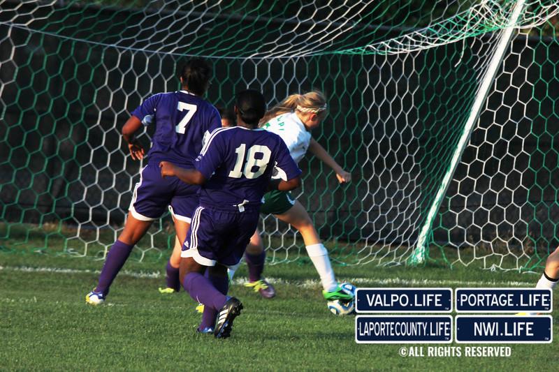 MHS-vs-VHS-Girls-Soccer-2013 (21)