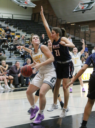 2017-2018 Gilbert Girls Basketball vs Pinnacle 1-25-18