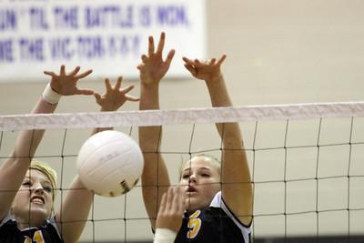 Gilbert High School Girls Volleyball JV vs Mesquite.