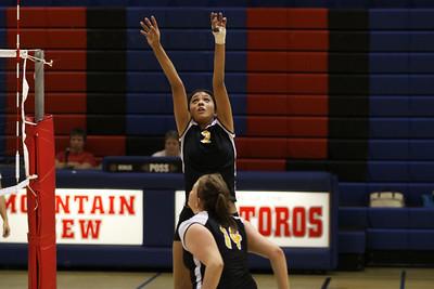 Gilbert Girls Volleyball JV vs Mesa Mountain View.