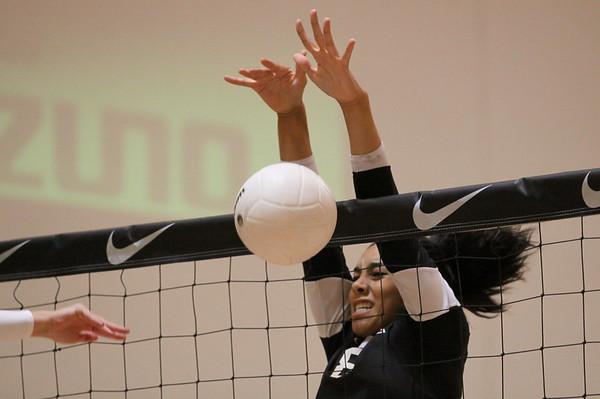 2011-Gilbert Volleyball - 2011 Nike Tournament