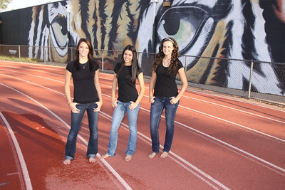 2010 Girls VB Program Pictures,Jamie Soliz 1, Jordan Hill 9, Tatum Schneidmiller 10, Seniors