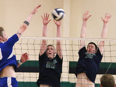 Lowell Catholic volleyball 053118
