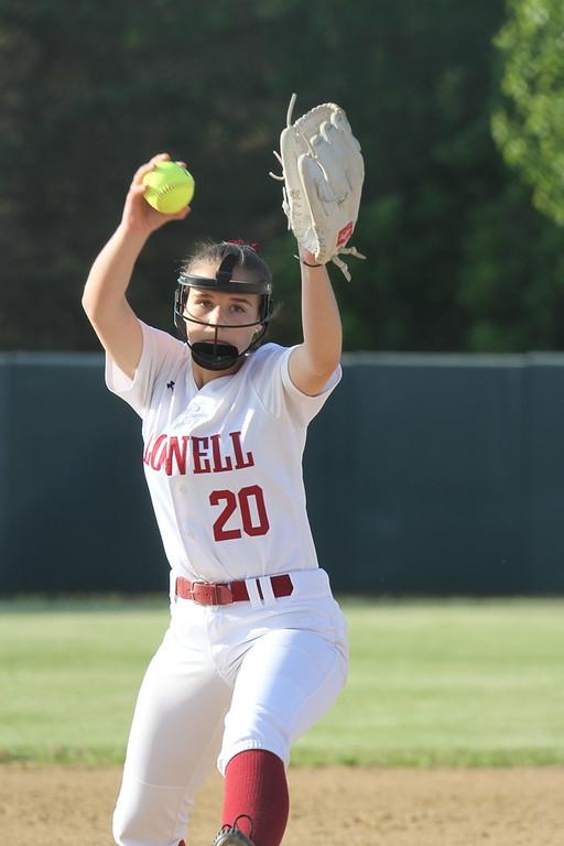 . Lowell vs Lowell Catholic softball. (SUN/Julia Malakie)