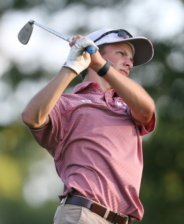 . Lowell vs Tyngsboro golf. Tyngsboro\'s Zachary Eldridge hits tee shot on 6th hole. (SUN/Julia Malakie)