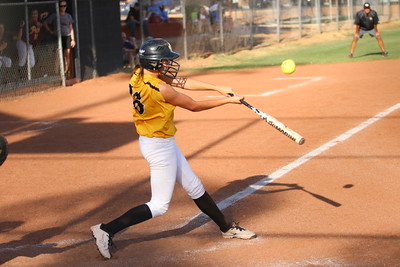 2014 Gilbert Softball vs Mountain Pointe 4-09-14