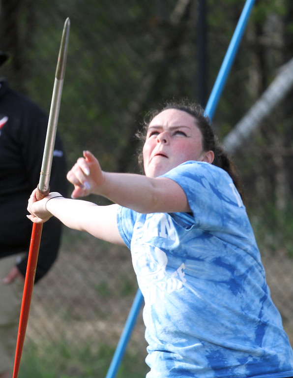 . Tewksbury vs North Andover girls and boys track & field. Isabella Schmidt of Tewksbury throws javelin. (SUN/Julia Malakie)