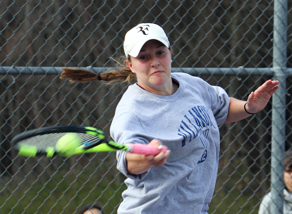 . Westford Academy vs Concord-Carlisle girls tennis. Maggie Dorr of Concord-Carlisle in 1st Singles. (SUN/Julia Malakie)