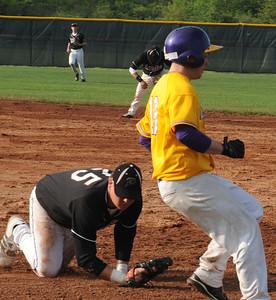 Avon Joel Yeagley beats the throw to first baseman Kyle Ward in third inning May 19. Steve Manheim