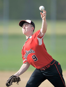Brookside's Brad Hughes delivers in the second inning against Keystone. DAVID RICHARD / CHRONICLE