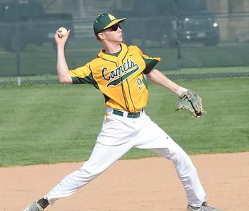 Amherst's Ryan Glowacki makes a throw to first base April 20. STEVE MANHEIM/CHRONICLE