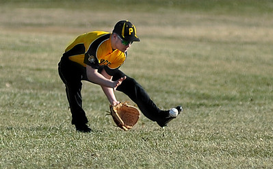 040114_ECBASEBALL_KB01