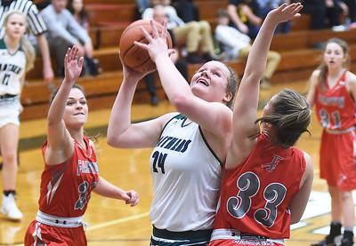 Elyria Catholic girls roll win streak up to 15