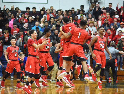 Elyria knocks off Lorain in district finals