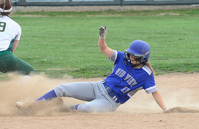 Amherst rallies past Midview to keep SWC race interesting