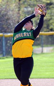 Amherst Amanda Arrendt makes an infield catch Apr. 28.  Steve Manheim