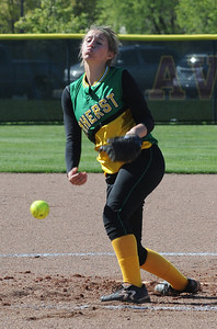 Amherst pitcher Jennifer Sutton against Avon Lake Apr. 28 .   Steve Manheim