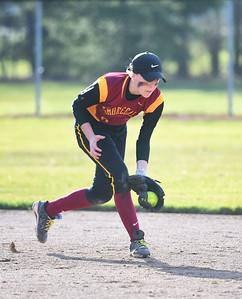 KRISTIN BAUER | CHRONICLE Avon Lake High School shortstop Liz Thieken (8) fields a ground ball during a game against Avon High School on Wednesday evening, March 29.
