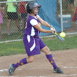7-27-10 linda murphy  top of 6th - Avon's #29 .Maddie Kimble. gets a hit.